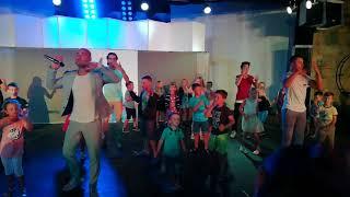 Танцую под турецкие песни