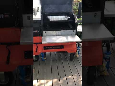 Hickory Smoke Infusing Sea Salt on the Yoder YS640 Pellet Smoker
