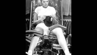 В салонах красоты 30-40-х годов