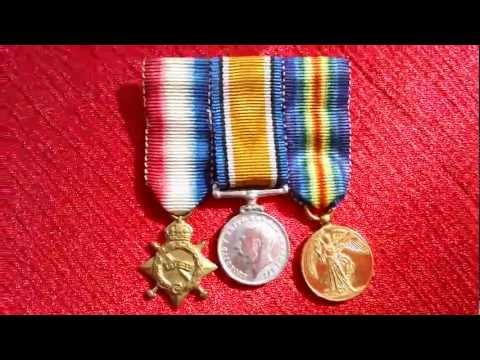 WW1 WW2 British Miniature 3 Medal Bar