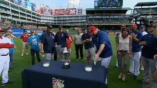 Miley, Ohlendorf face off in cow-milking contest
