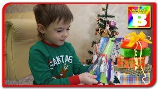 Ce cadouri ne a adus Mos Nicolae?  Bogdan`s Show