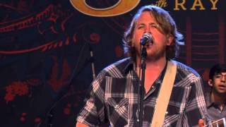 "William Clark Green Performs ""Hanging Around"" on The Texas Music Scene"