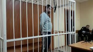 Подозреваемый в убийстве Дмитрий Фурсов отвечает на вопросы Бердского суда
