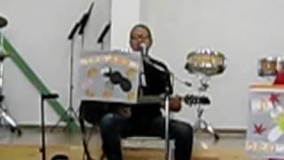 天理楽器店で NHKのど自慢 仲間の うたの笛物語 と DASIY とベースの プ...