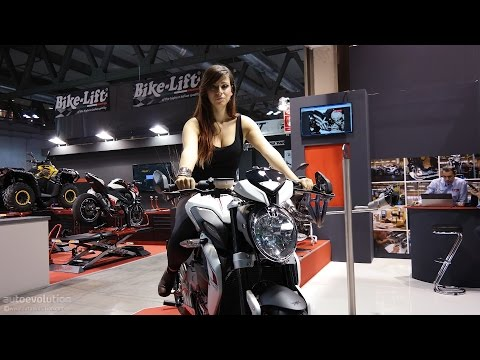 Hot Girls of the 2014 EICMA Milan Motorcycle Show [Part 1]