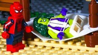 Lego Spiderman Shark Attack - Beach Party