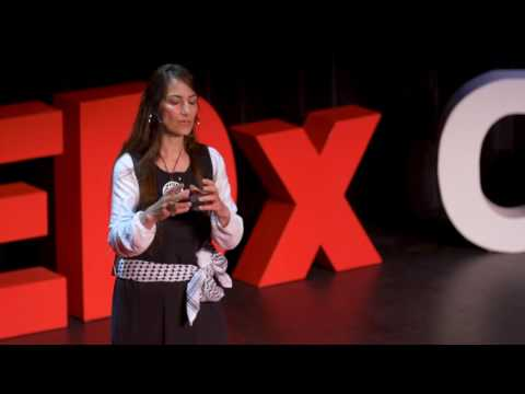 Songs of my foreign accent | Ibtisam Barakat | TEDxCoMo