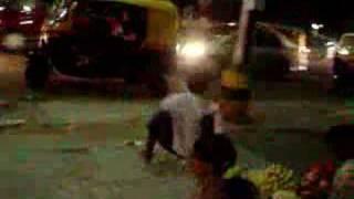 Caso extraño en India, Bangalore