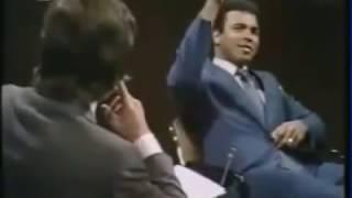 محمد علي كلاي (مترجم) عن أسئلته في الطفوله وفي شبابه للوصول للحقيقة (مضحك جداً) Muhammad Ali (Funny