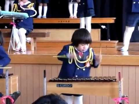 Asian girl going CRAZY on the xylophone
