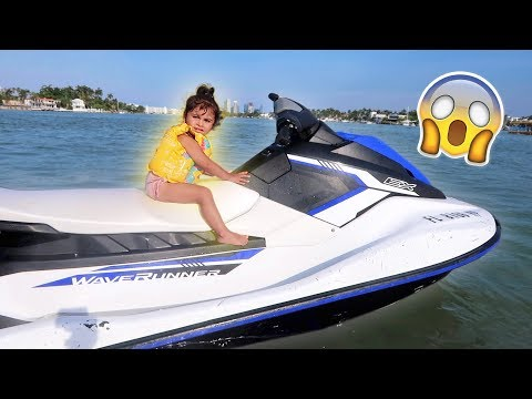 ELLE RIDES A JET SKI FOR THE FIRST TIME!!! ONLY TWOYEARS OLD