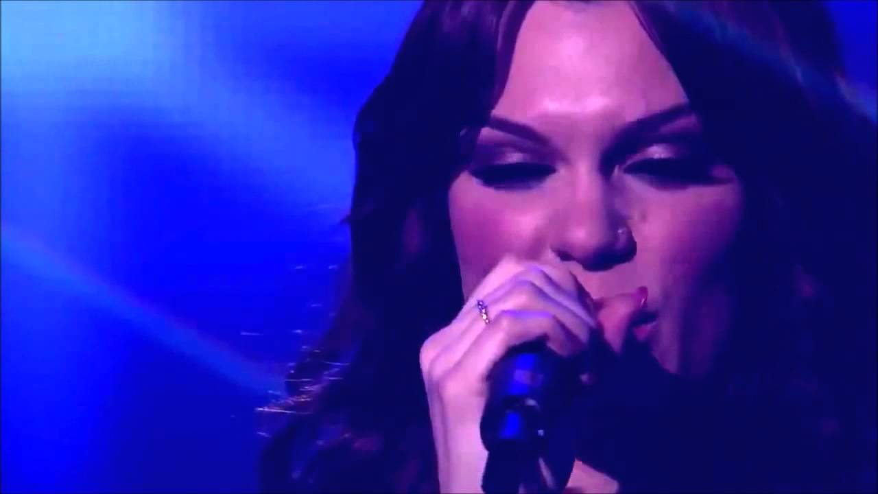 Jessie J. - Who You Are - Live 2012 - YouTube