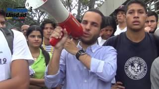 Una vez más PNB reprime a estudiantes de la UCV durante protesta pacífica
