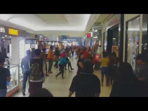 Small child gets caught up in mall fight