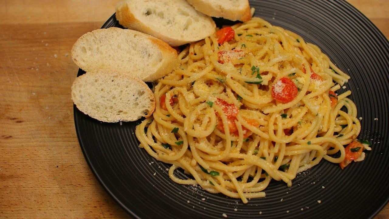 How To Make And Incredibly Simple And Delicious Spaghetti Aglio E Olio Recipe Youtube