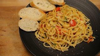 Garlic spaghetti recipe - spaghetti Aglio e Olio - italian cooking - easy pasta recipes - homemade