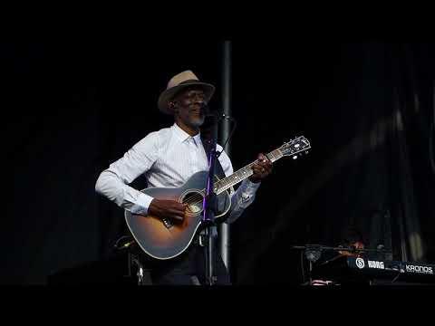 Keb' Mo' - Life Is Beautiful - 5/20/18 Chesapeake Bay Blues Festival - Annapolis, MD