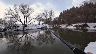 Рыбалка на ЩУКУ В МУТНОЙ ВОДЕ. Ловля на спиннинг весной.