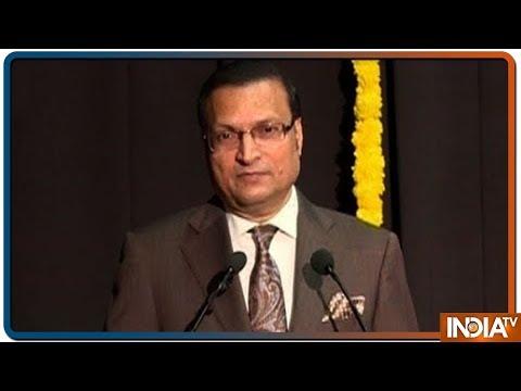 KC College, Mumbai felicitates India TV Chairman Rajat Sharma at their lecture series