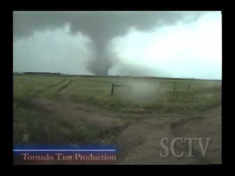 Tornadoes near Bassett nebraska