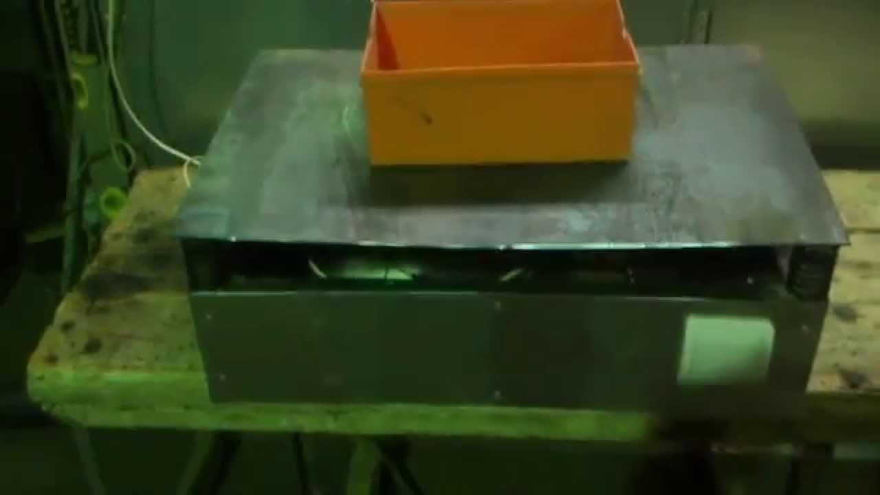 схема реверса однофазного щеточного двигателя