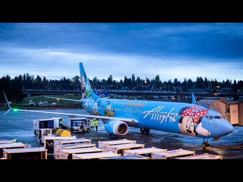 TRIP REPORT - Alaska Airlines 737 ECONOMY CLASS - Vancouver to Honolulu