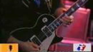 Los Piojos - El rey del Blues  (Velez 2004) con Pappo