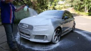 Bowden's Own - Using the Snow Job Foam Cannon // Supercheap Auto