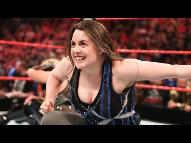 Superstar Spotlight: Nikki Cross