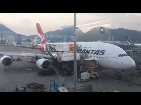 Qantas Hong Kong to Sydney business class QF128 A380