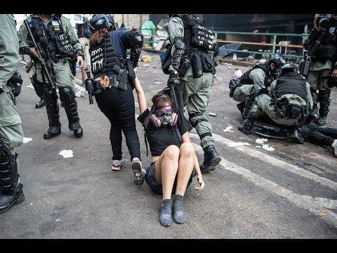 《今日点击》警察撤离香港理工大学 13天反抗中共历史之记述