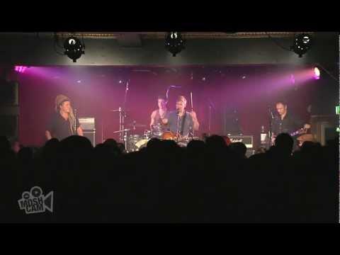nada-surf---monologue-3-(live-in-sydney)-|-moshcam