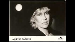 Agnetha Fältskog  ( ABBA ) - Som ett eko -  instrumental version ( with lyrics )