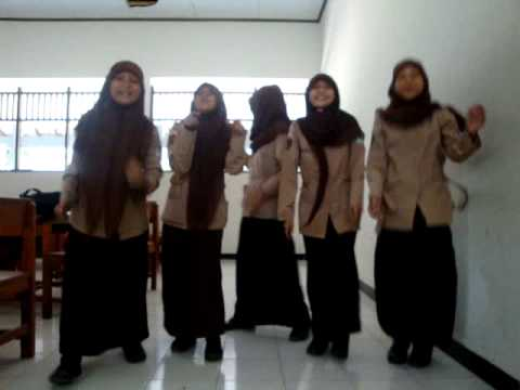 COVER Beautiful Cherrybelle X RPL 1 SMKN 1 Wonosobo