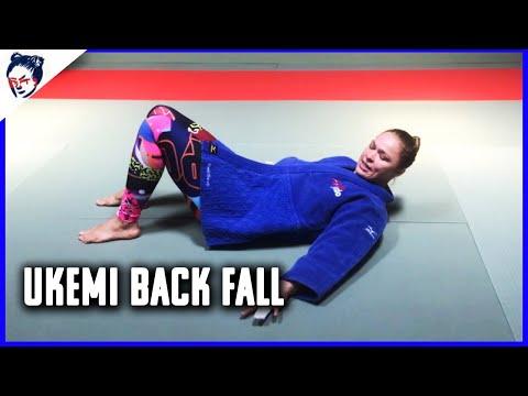 Ronda Rousey's Dojo | Judo Lesson Number 3: Ukemi Back Fall