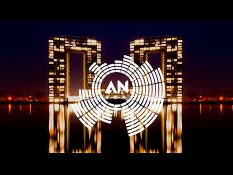 Andrew Lias And Crew 7 Ft Paloma - Club Bizarre (Andrew Lias Radio Mix)