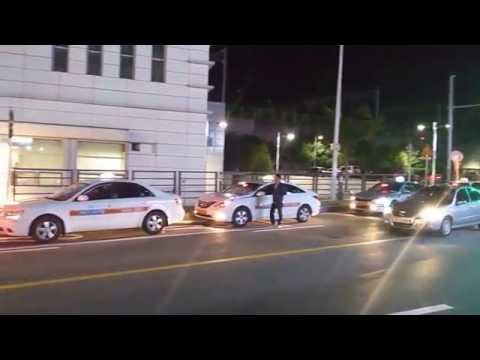 Taxis lining up in the station, Outside Seoul - [Yeongyeong]