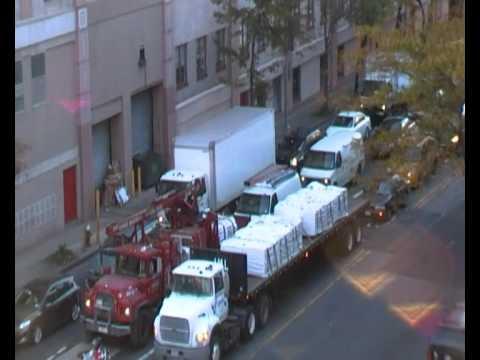 Traffic and subway noise outside Days Inn Hotel, Long Island City, New York