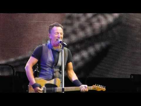Bruce Springsteen - Born In The U.S.A. live Berlin Olympiastadion 19.06.16
