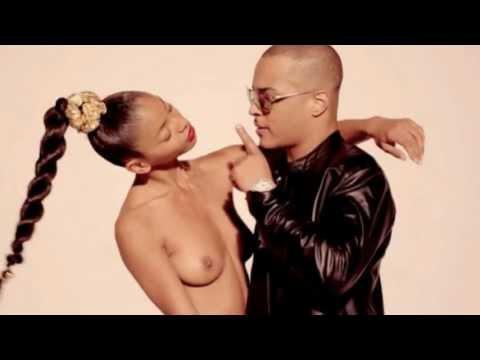 Robin Thicke: Blurred Lines ft. T.I., Pharrell