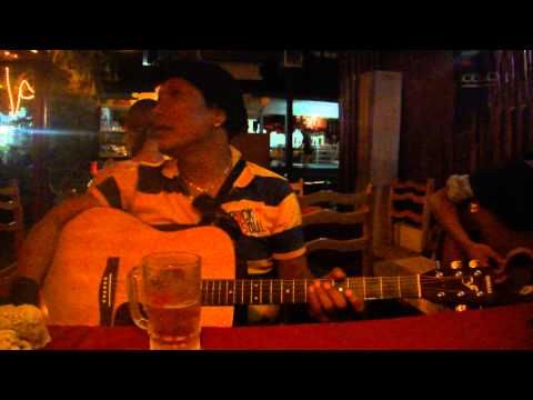 Tongam Sirait and friends, live at Pizzeria Rumba, Tuk-Tuk, Samosir, Lake Toba