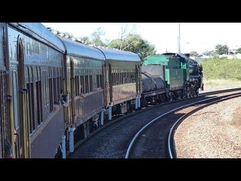 Australian Trains: Steam Loco #3642 departs Maitland for Thirlmere