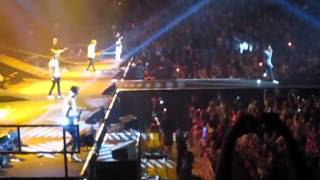 One Direction- One Thing in Mohegan Sun Arena