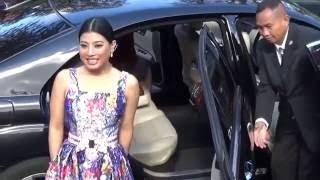 Repeat youtube video Princess Sirivannavari Nariratana Thailand @ Paris 3 october 2016 Fashion Week show Valli