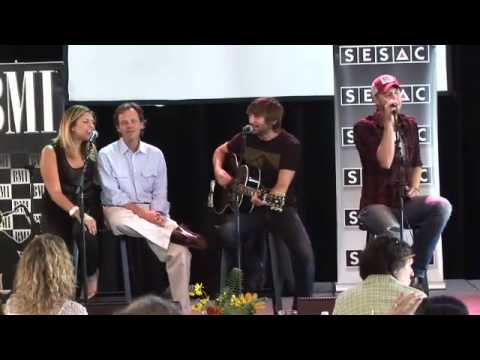 """Lady Antebellum - """"I Run To You,"""" Live Acoustic"""