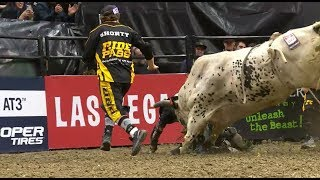 J.B. Mauney Breaks Fibula After Covering Hou's Bad News for 88 Points