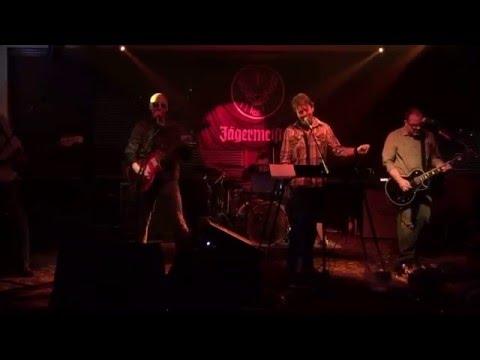 MonoStereo - Shut Up And Dance - 01/16/16