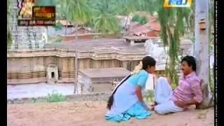 Vaanuyarndha Solaiyile - Idhaya Koyil