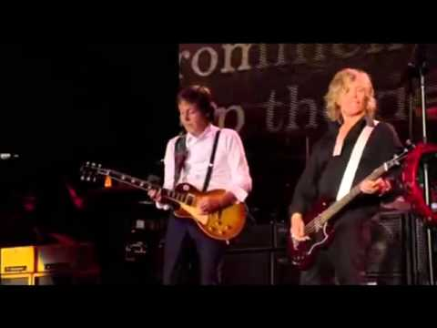 Paul McCartney - ''Paperback Writer'' - Live 2009